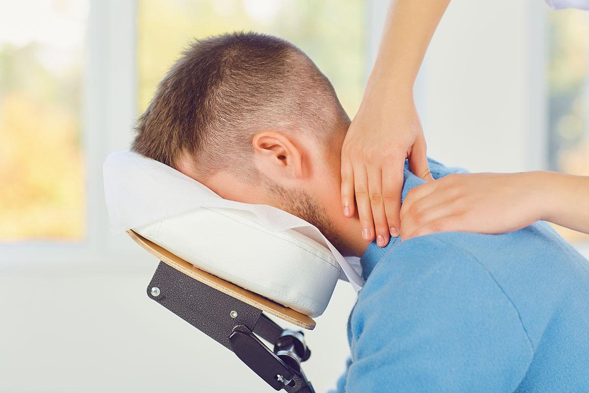 Eine Massage Und Eine überraschung